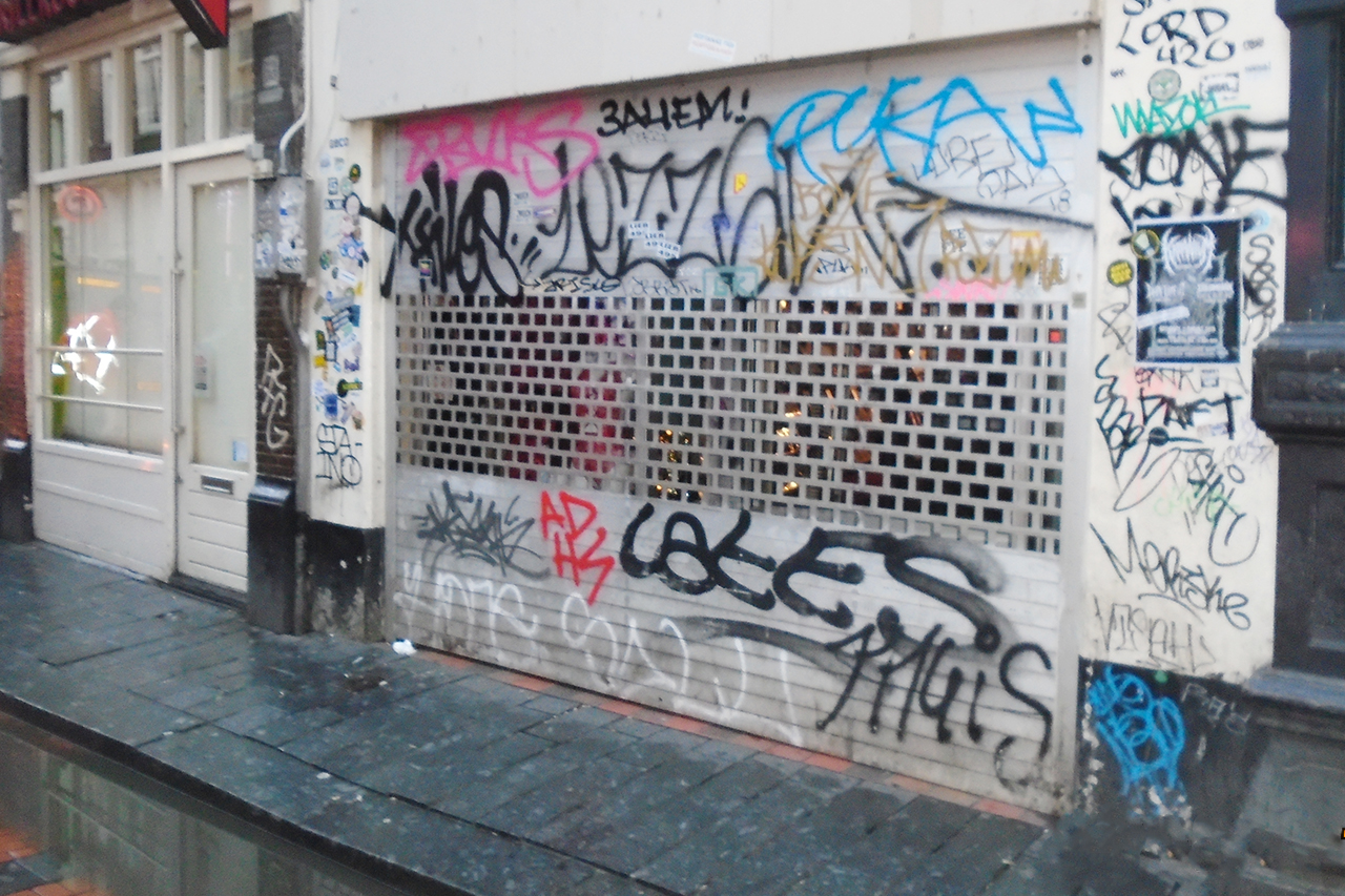 Graffiti stift rolluik laten verwijderen