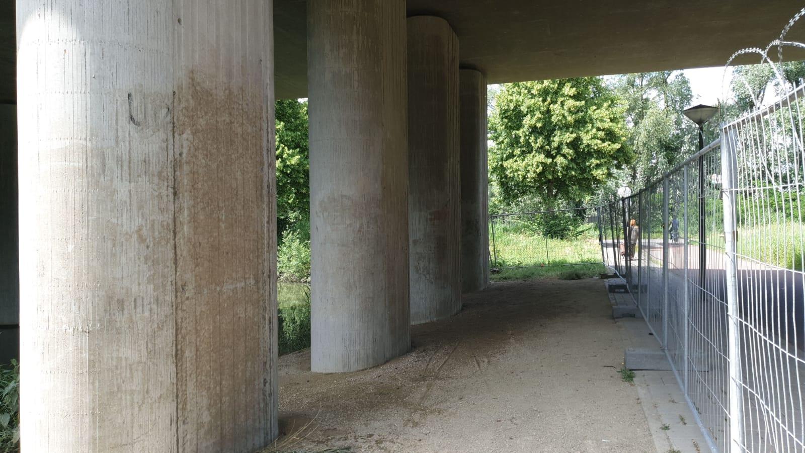 Effectieve graffiti verwijdering beton
